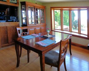 house-sale-dining-room-2
